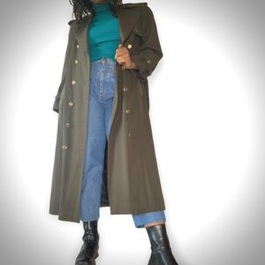 Vintage dark green military luxurious belted trench coat